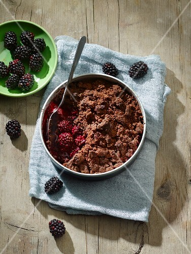 Blackberry and chocolate crumble