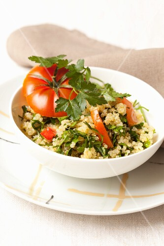 Quinoa with tomatoes and parsley