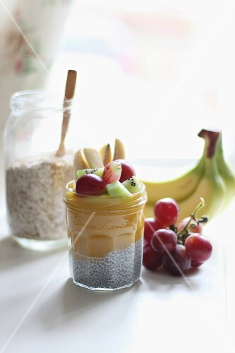 Chia seeds with fruit purée and fresh fruit