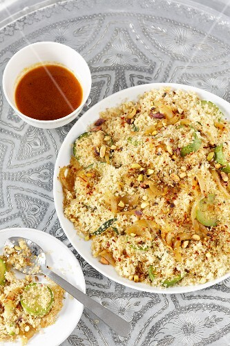 Couscous with courgettes, onions and nuts