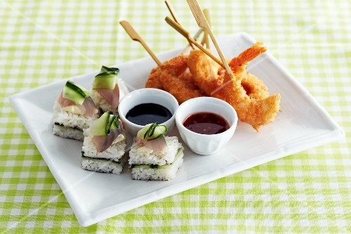 Cucumber and fish sushi, and fried prawns with dips