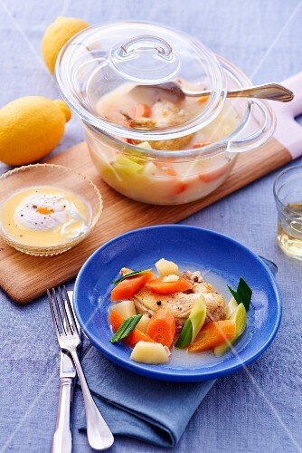 Pot au feu with lemons (Greece)