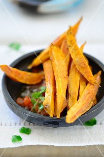 Sweet potato chips with tomato and coriander salsa