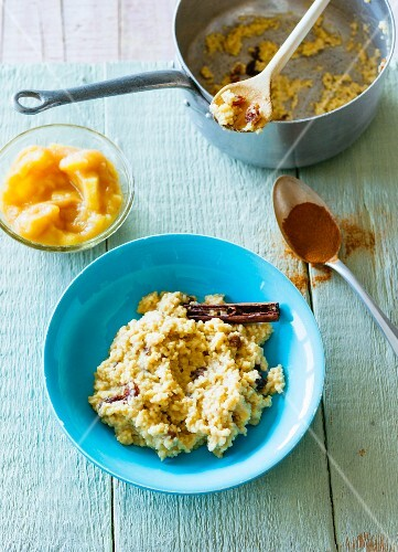 Vegan millet porridge with apple compote