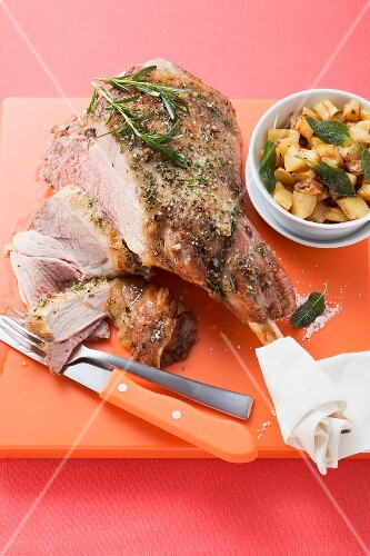 Agnello al rosmarino (roast leg of lamb with rosemary)
