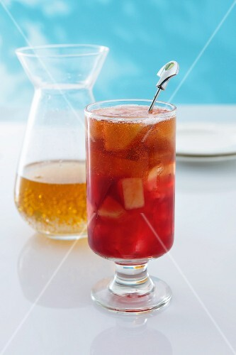 Cranberry Zinger with ginger ale