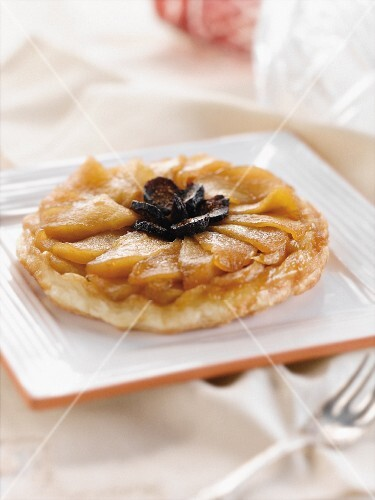 Individual Apple Fig Tart on a Square Plate
