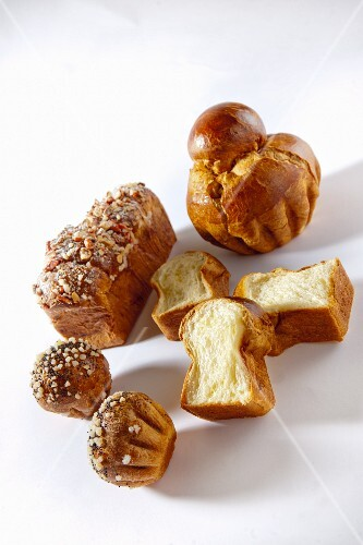 Brioche with sugar crystals and nuts