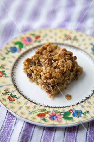 No Brainer Bars on a Plate; Cookie Bars
