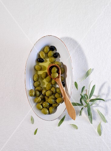 A bowl of mixed olives