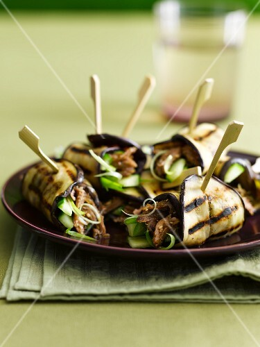 Grilled aubergine rolls with lamb and cucumber