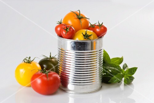 Fresh tomatoes in a tin