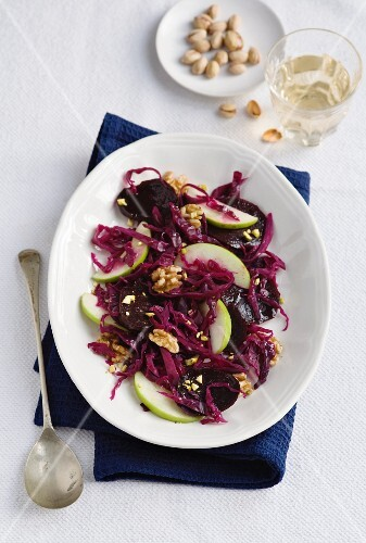 Red cabbage salad with beetroot, apples and nuts
