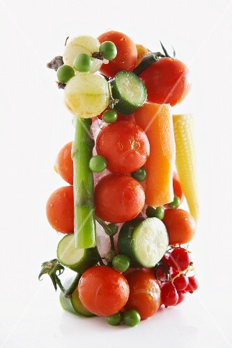 Vegetable tower with red currants