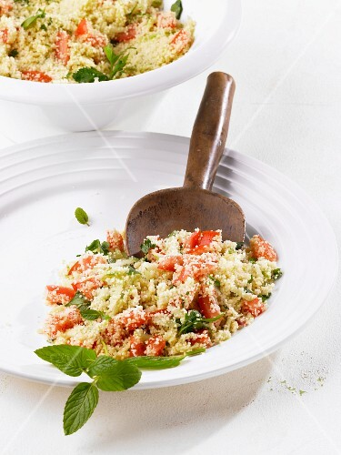 Couscous salad with tomato and mint