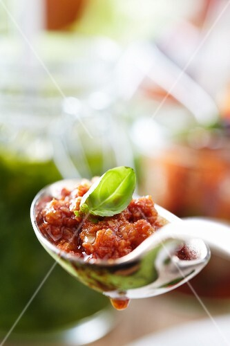 A spoonful of bolognese sauce (close-up)