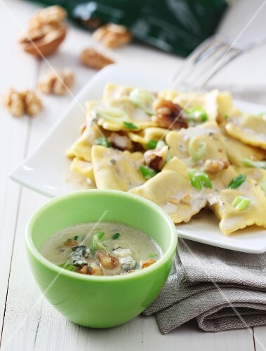 Ravioli with a walnut and cheese sauce