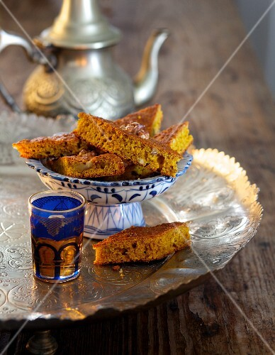 Ayurvedic pumpkin cake with walnuts