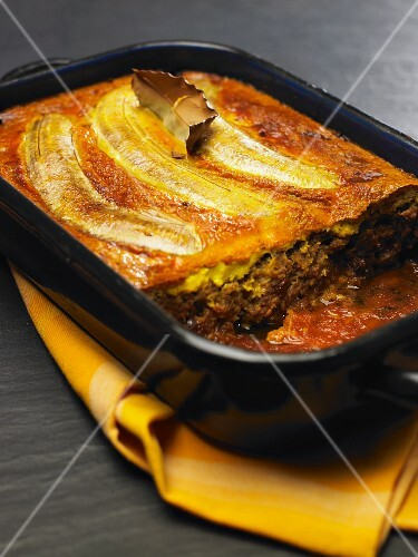 Bobotie (South African minced meat bake)