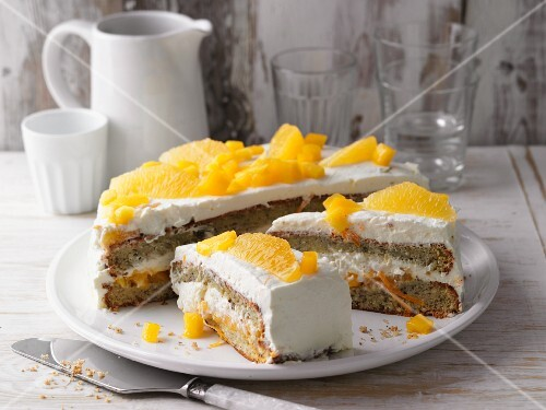 Mango and orange cake with mascarpone cream