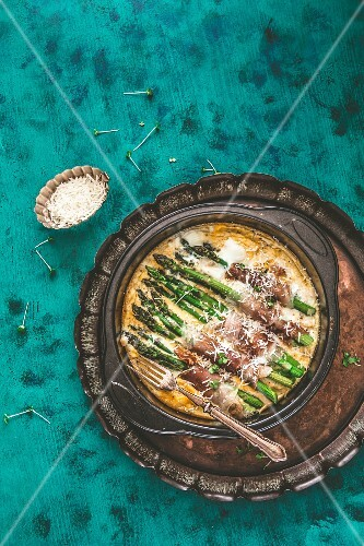 Ham and asparagus bake