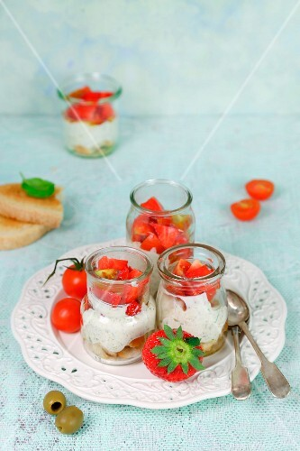 Bruschetta with strawberries and ricotta