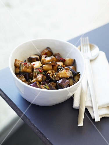 Aubergines with Thai basil