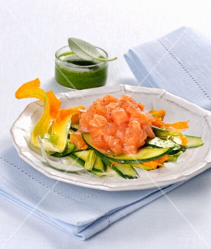 Salmon tartare on a courgette medley with a herb sauce