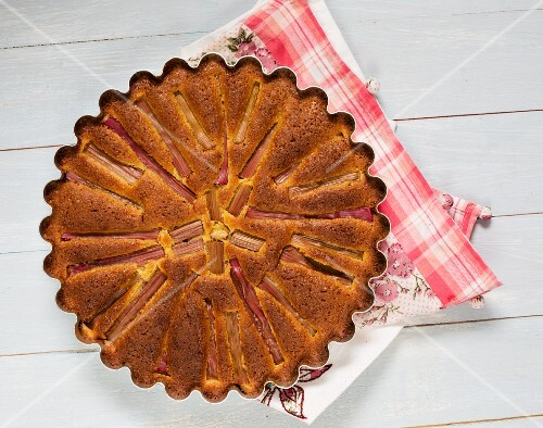 Gluten-free rhubarb and almond tart (seen from above)
