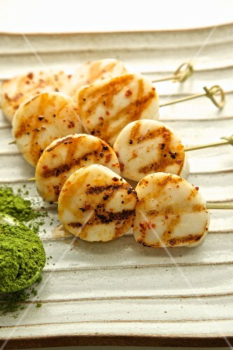 Grilled scallops with green tea