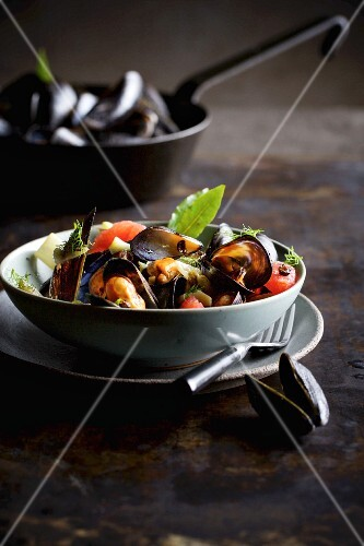 Mussels with fennel and grapefruit
