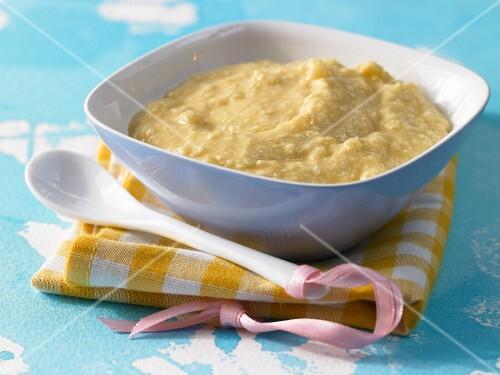 Apple & sea buckthorn millet seed porridge