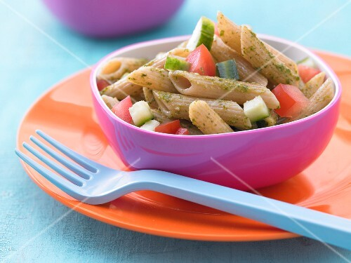 Pasta salad with pesto and vegetables