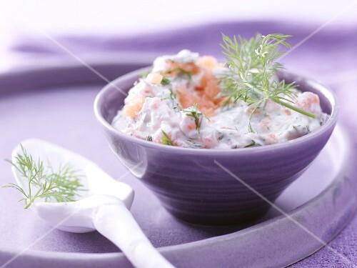 Smoked salmon & cheese cream with dill and horseradish