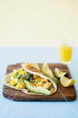 Wraps with scrambled egg and avocado