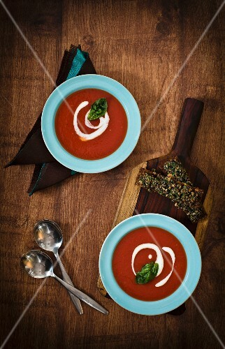 Tomato soup with basil and crėme fraîche