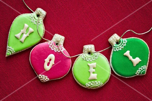 Christmas bauble cookies in red and green