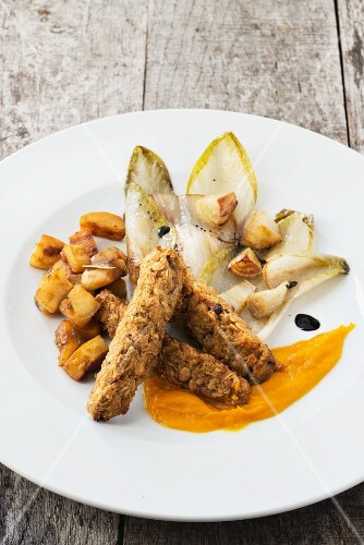 Pan-fried chicory with oat bars