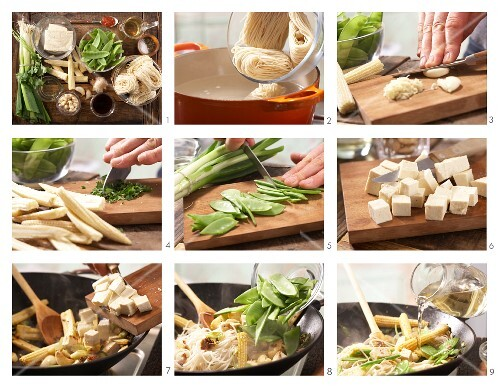How to prepare Asian stir-fried noodles with vegetables and tofu