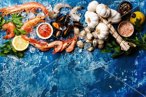 Fresh raw Prawns, Clams, Mussels, Vongole, Shrimps and Ingredients