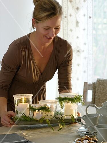 ungew hnlicher adventskranz aus gl sern mit zuckerrand 5 6 bild kaufen friedrich strauss. Black Bedroom Furniture Sets. Home Design Ideas