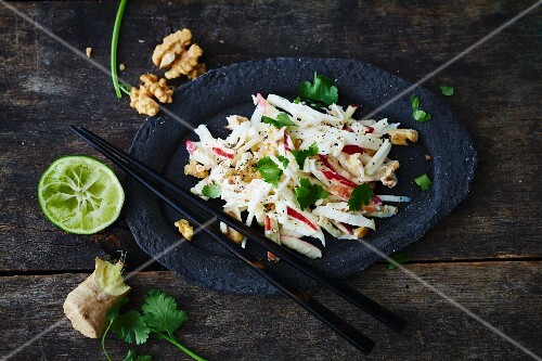 Vegan Asian Waldorf salad (soya-free)