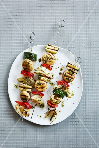 Vegetable BBQ skewers with herbs