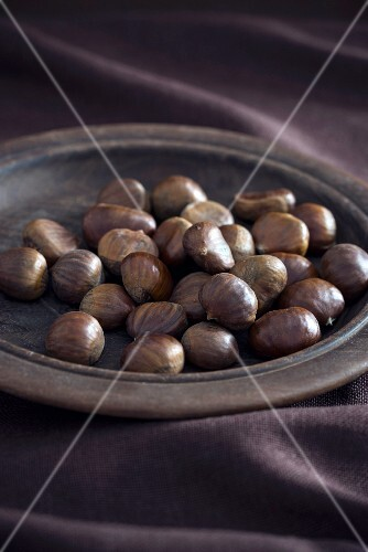 A plate of fresh chestnuts