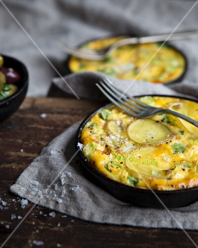 Potato omelette with onions and leeks