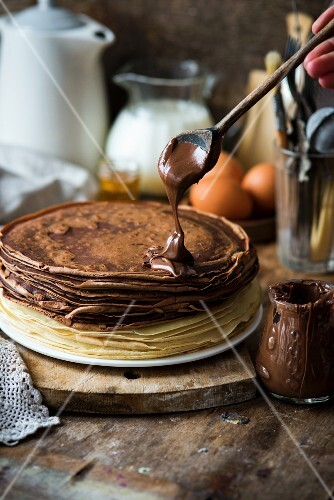 Vanilla and chocolate crepes with nutella