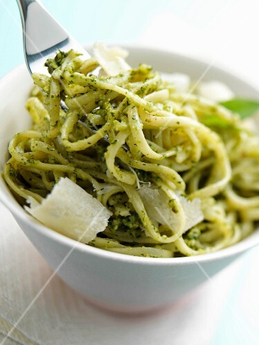 A bowl of linguini pesto