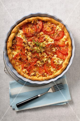 A puff pastry tart with tomatoes and thyme