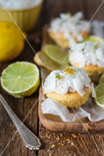 Citrus muffins with coconut