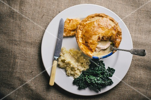 Chicken pie with kale and puree